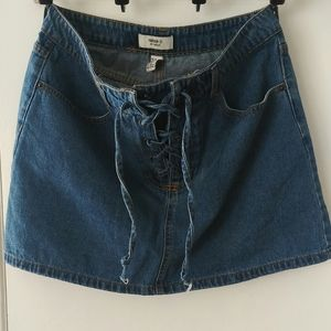 Forever 21 size 31 (large or 12) jean skirt